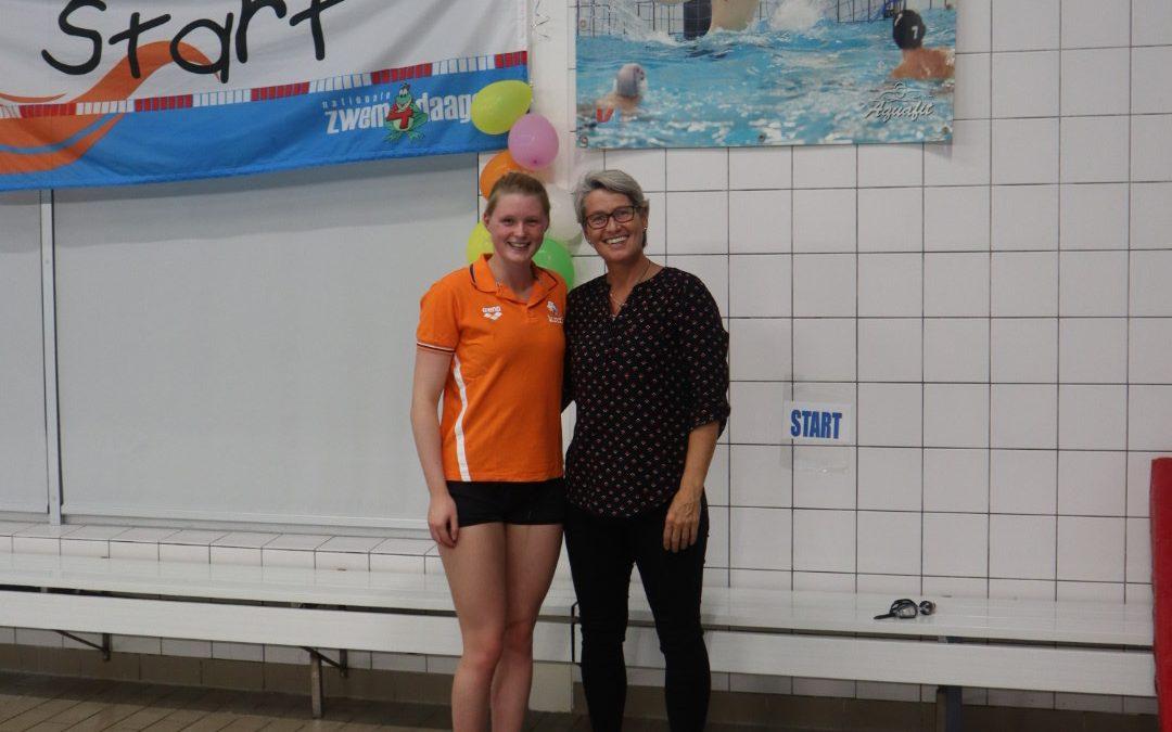 Feestelijke opening Zwem-4-daagse Castricum